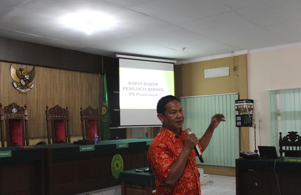 Bapak Dr. Urif Syarifudin, A.Pi., M.T.A.